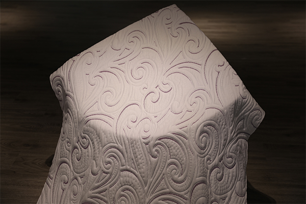 What are the advantages and disadvantages of air layer fabrics?